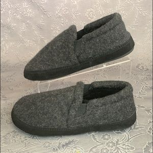 Acorn Fave Gore Slip On Moccasin Comfort Slippers